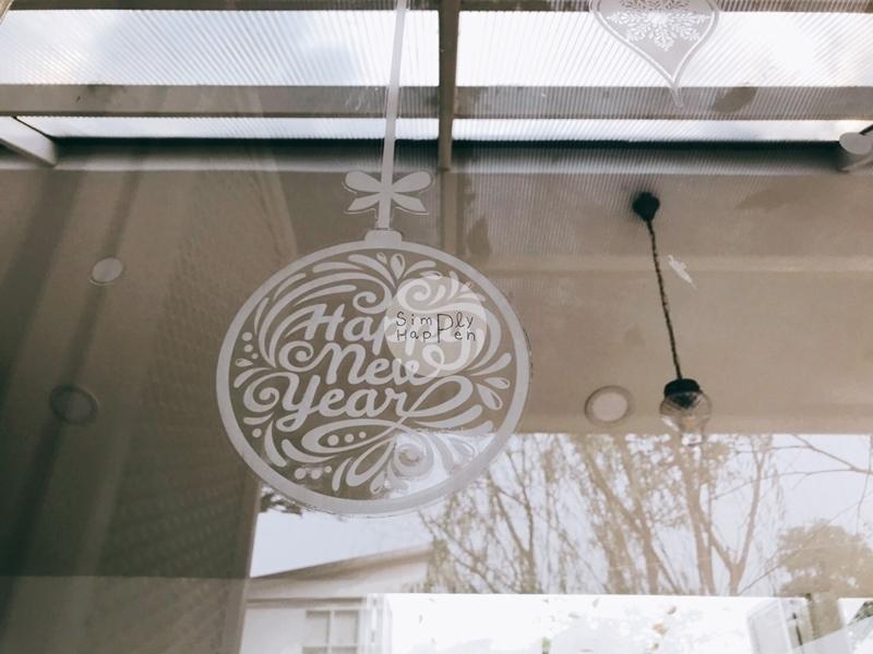 Come Escape Cafe คาเฟ่ร้านกาแฟร้านอาหารถนนราชพฤกษ์ ใกล้ BTS บางหว้า  ธีมปีใหม่ คริสต์มาส
