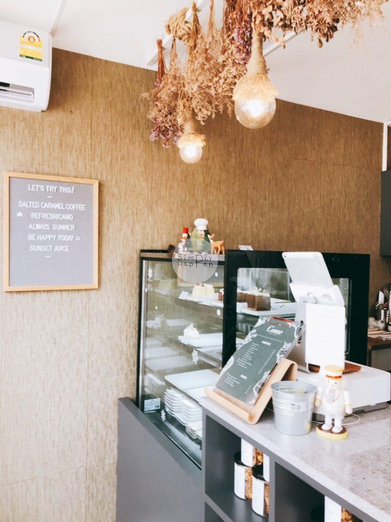 Come Escape Cafe คาเฟ่ร้านกาแฟร้านอาหารถนนราชพฤกษ์ ใกล้ BTS บางหว้า เค้าท์เตอร์สั่งอาหาร