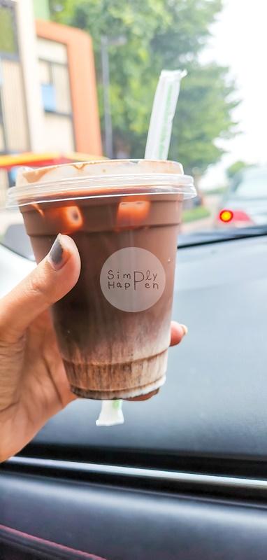 ชอคโกแลตเย็น ร้านลมเหนือ Specialty Coffee กาแฟสกัดด้วยเครื่อง ARAM ซ.เทอดไท 60 ภาษีเจริญ