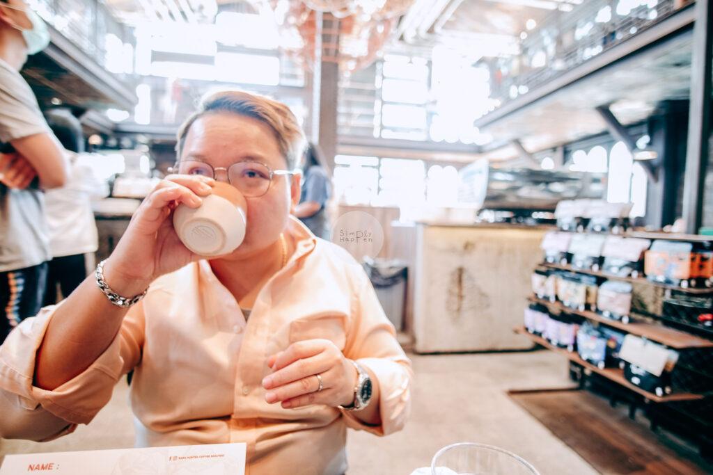 NANA Hunter Coffee Roasters ร้านกาแฟและโรงคั่วเมล็ดกาแฟสุดชิค ย่านตลิ่งชัน ถ.พรานนก-พุทธมณฑลสาย 4 ร้านกาแฟนานา